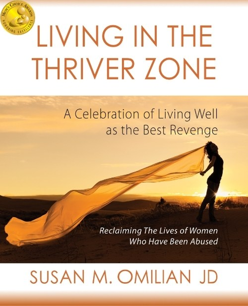 Living in the Thriver Zone Mom's Choice Cover